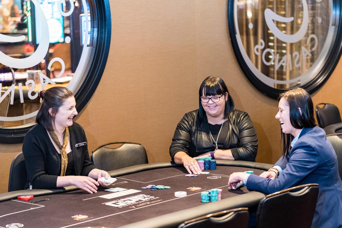 Membahas Poker